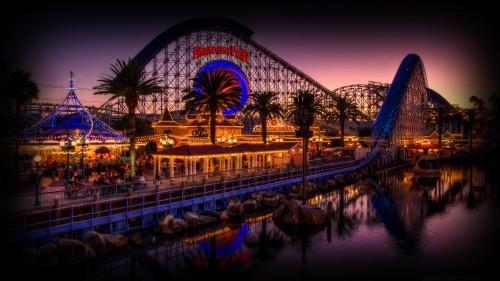 California_Paradise_Pier_at_Dusk_0012a6d725d3b93a59b.jpg