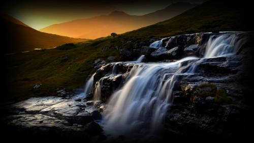 Waterfall_0015086d71e5b753d21.jpg
