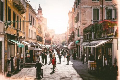 a-busy-street-in-venice-italy0c7a69ad382d4b35.jpg