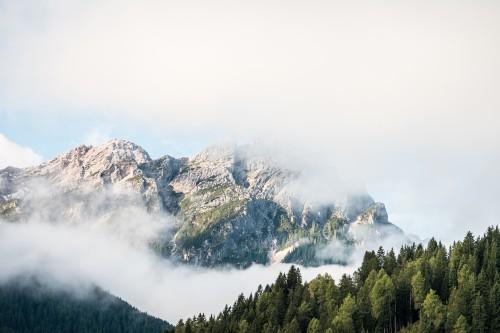 beautiful-mountain-in-cloudy-morning_free_stock_photos_picjumbo_DSC021606665c7d6a7468238.jpg