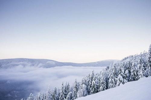 beautiful-mountains-with-snow-cloudless-panorama_free_stock_photos_picjumbo_P1010067-1080x7203eb7d16026cb5155.jpg