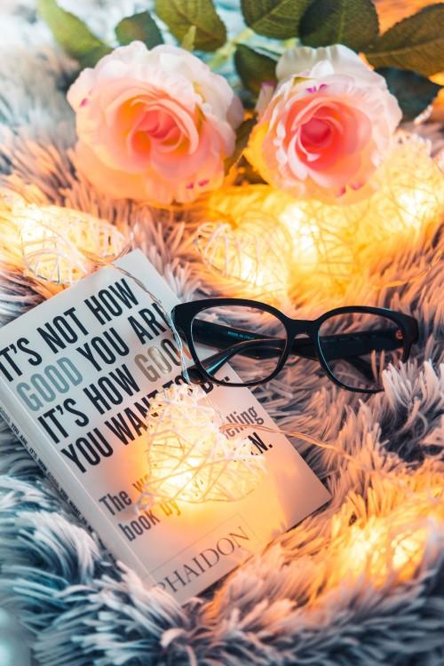 book-and-glasses-reading-moodabdbc973dbce29d1.jpg