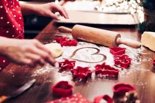 christmas-cookies-baking-with-love45acea5ad5c8837c.jpg