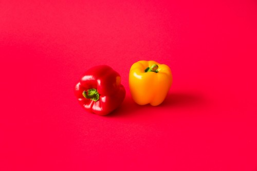 red-and-yellow-paprika-peppers-on-flat-background-still-life_free_stock_photos_picjumbo_DSC08422255a6f051afd0e45.jpg