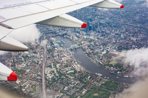center-of-london-uk-from-the-airplane-window_free_stock_photos_picjumbo_HNCK2596b2bf4d47823776c0.jpg
