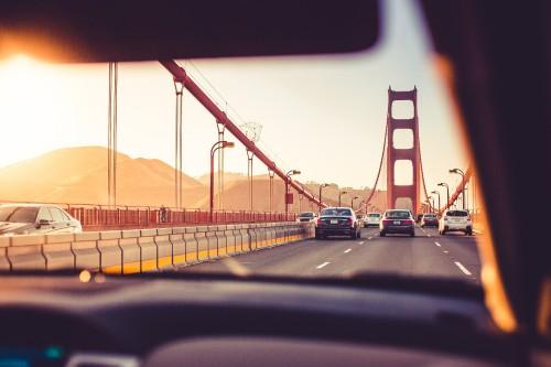 driving-over-the-golden-gate-bridge-in-sunset6755f33cd7a1d28c.jpg