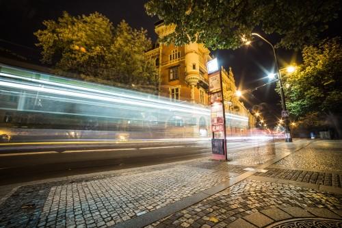 light-night-traffic-in-the-city_free_stock_photos_picjumbo_HNCK936494afc84dc93172ae.jpg