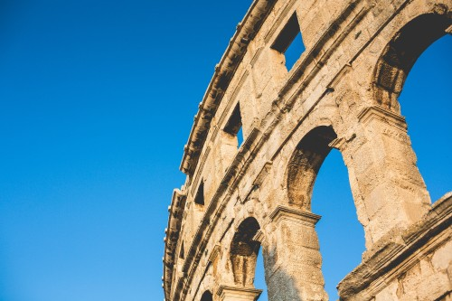 pula-roman-arena-croatia_free_stock_photos_picjumbo_HNCK8267ff8f7b1955848d20.jpg