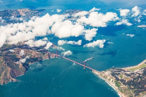 the-san-francisco-golden-gate-bridge-captured-from-airplane_free_stock_photos_picjumbo_HNCK263288247c926d8fcb68.jpg