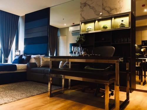 Home-Furnishing-Bangkok---Asiagate-Alliance5a2b8af394aa2d64.jpg