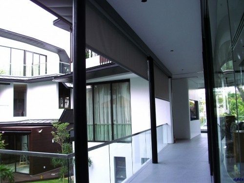 Roller-Blinds-in-Singapore7429287665a6773c.jpg